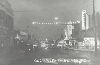 Katoomba Street at night showing the Paragon and the Embassy Theatre