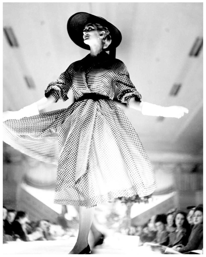 Carmen Dell'Orefice channelling David Jones c1950