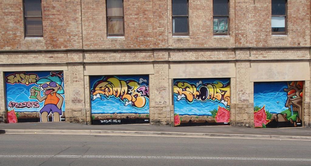 Street Art Murals - Katoomba