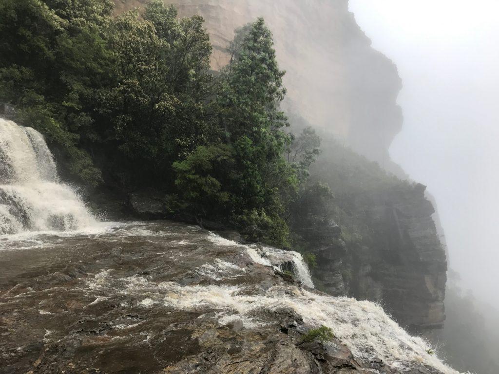 Katoomba Falls, Ask Roz