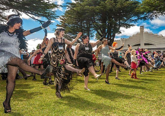 Ask Roz Roaring 20s Festival Hydro Majestic