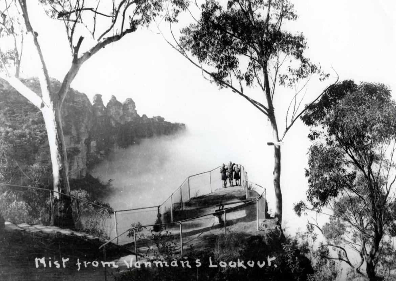 Vanimans Lookout - Katoomba Round Walk