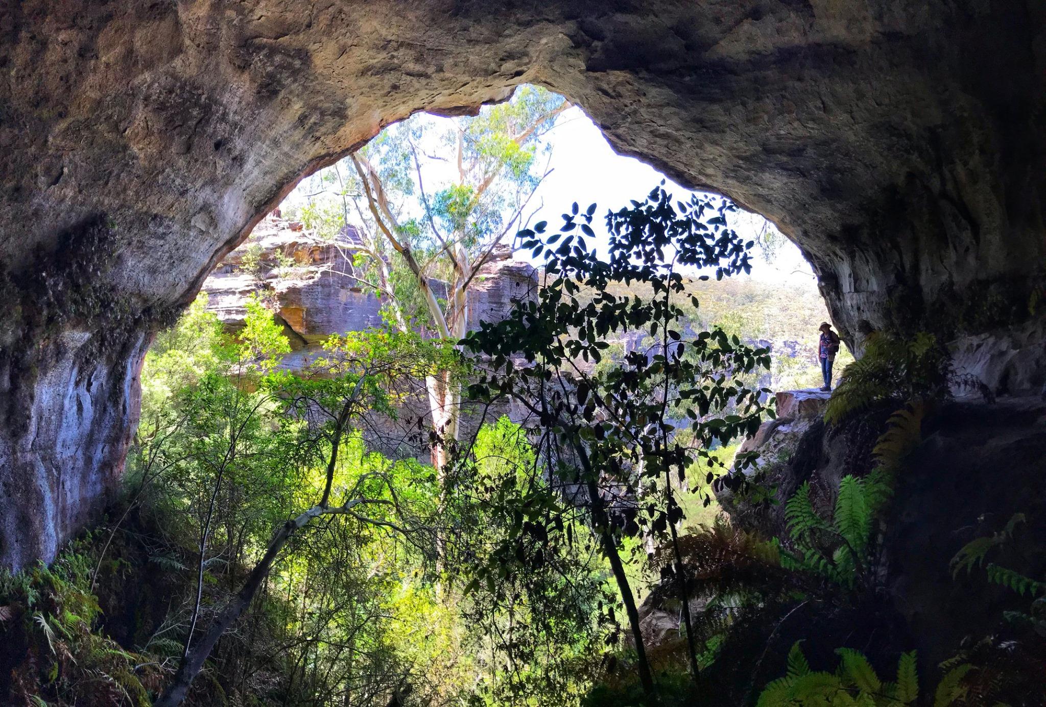 Coxs Cave Mount Victoria